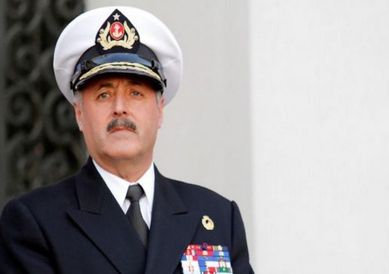 Comandante en jefe de la Armada, almirante Enrique Larrañaga